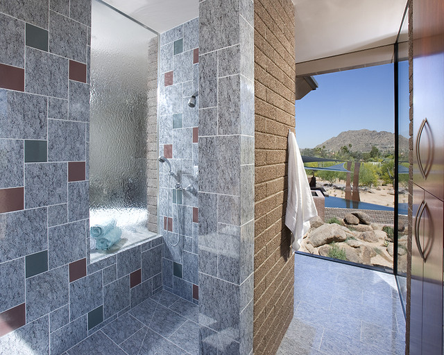 Paradise Valley, Arizona contemporary-bathroom