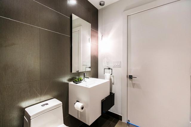 Paramount Bay - Private residence modern-bathroom