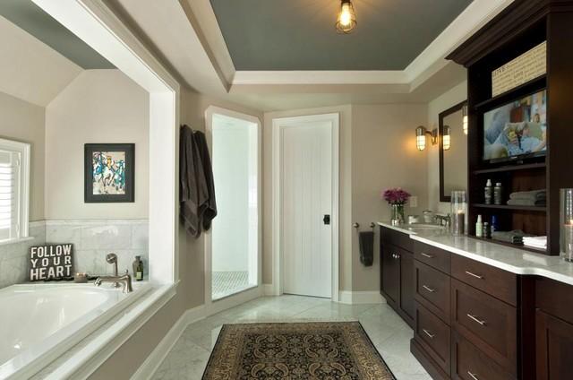 Beautiful Natural Master Bathroom Ideas: Traditional