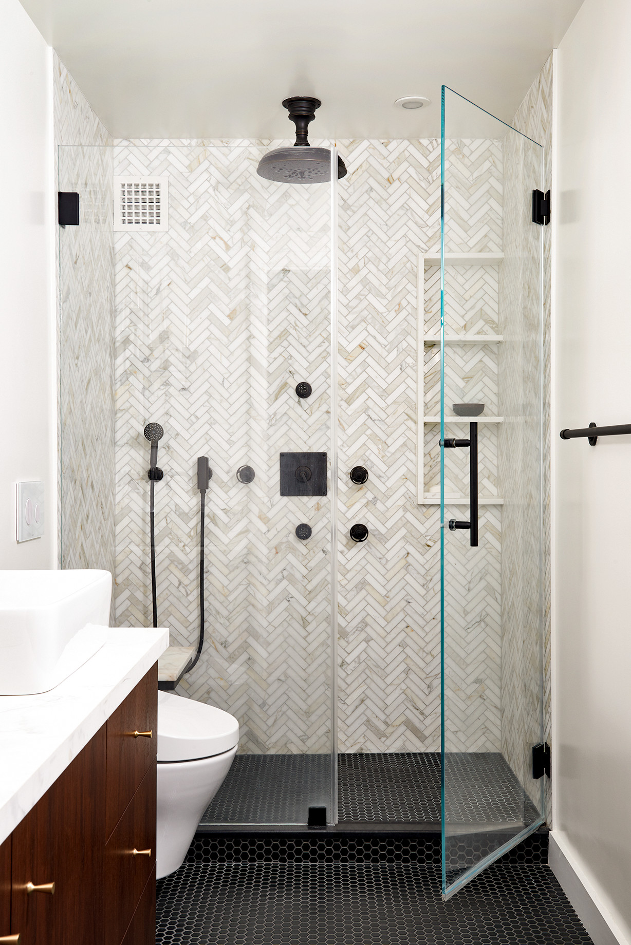 Small Bathroom Pictures Ideas