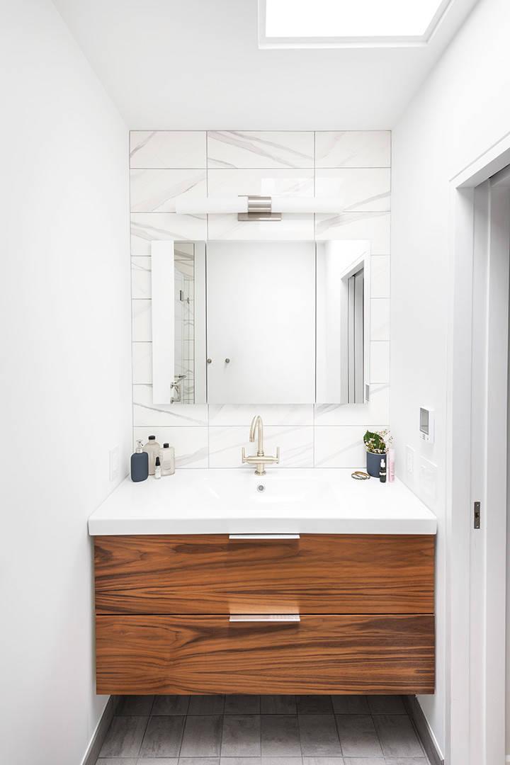 Brushed Nickel Bathroom Ideas Houzz, Brushed Nickel Bathroom Cabinet