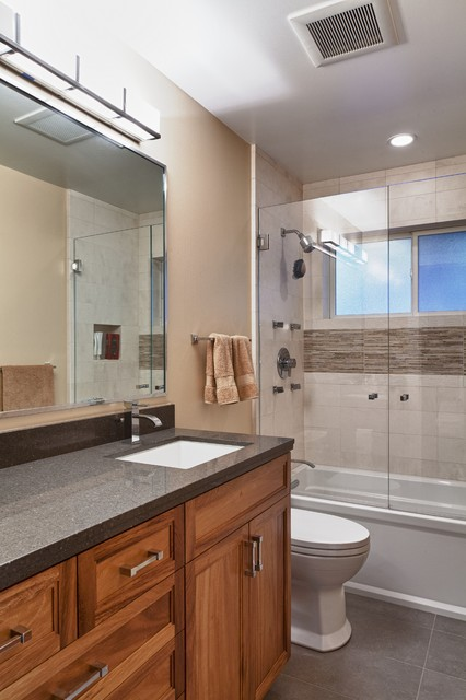 Patrick Le Pelch Architecture - Mill Valley traditional-bathroom