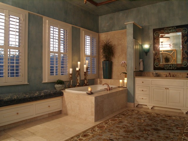 Pemberton Heights mediterranean-bathroom