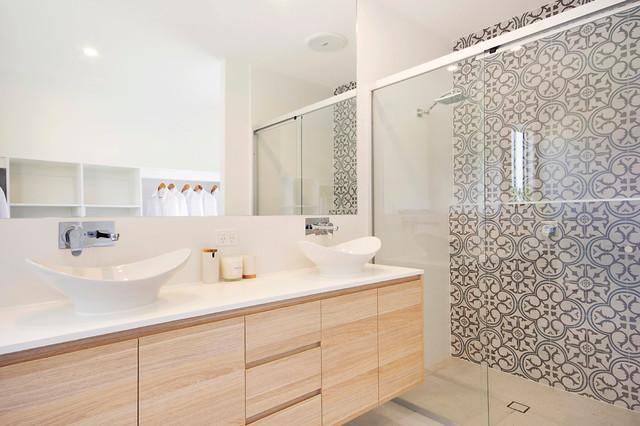 Peregian Breeze Display Home Bathroom Sunshine Coast By Vantage Homes Qld