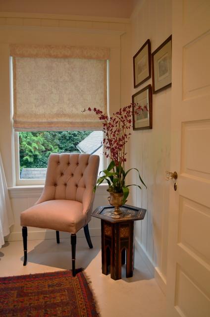 Periander traditional-bathroom