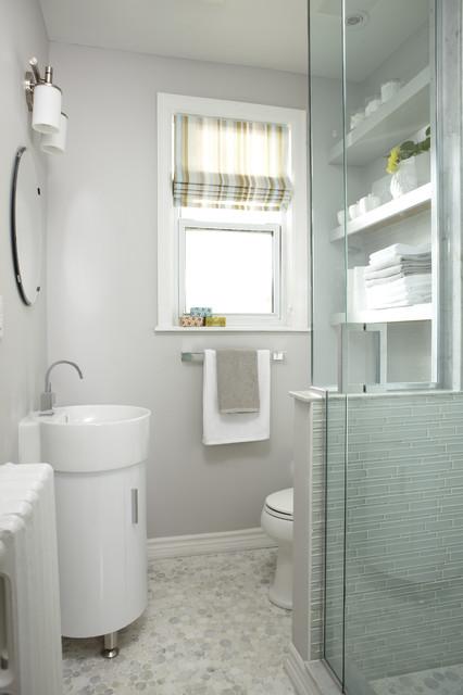 Petite bathroom reno contemporary bathroom toronto for How to reno a bathroom