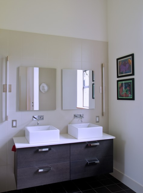 PH 1 baths modern bathroom