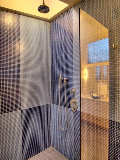 Phinney Umbrella House contemporary-bathroom