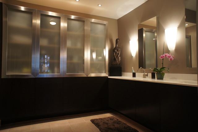 Custom bathroom vanities naples fl contemporary for Bathroom cabinets naples fl