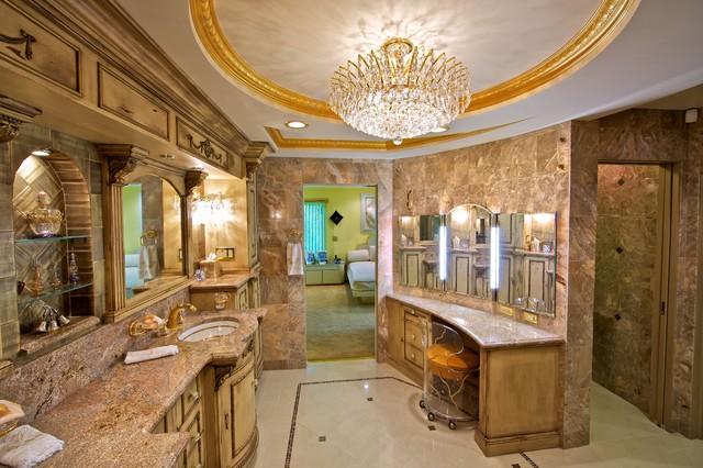 Pine traditional-bathroom
