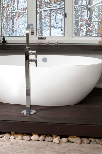 Pinebrook Residence Modern Bathroom Cleveland By