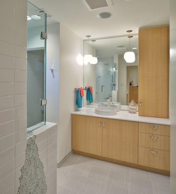 piney point ranch modern bathroom houston by rd