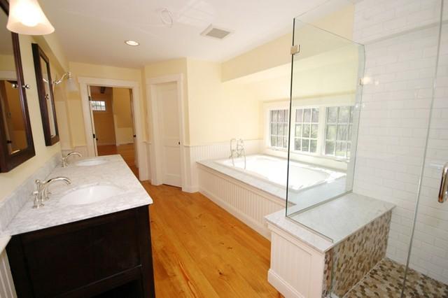Plan 530-3 by Classic Colonial Homes traditional-bathroom
