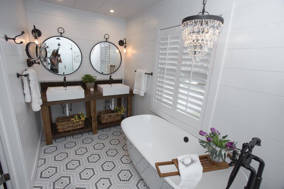 Plaza Farmhouse Chic bathroom remodel - Farmhouse ...