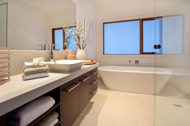 Point cook tropical bathroom Bathroom remodeling melbourne fl
