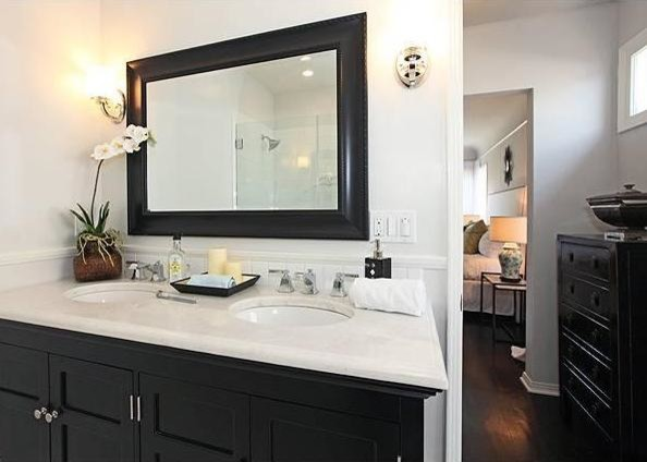 Point View Property contemporary-bathroom