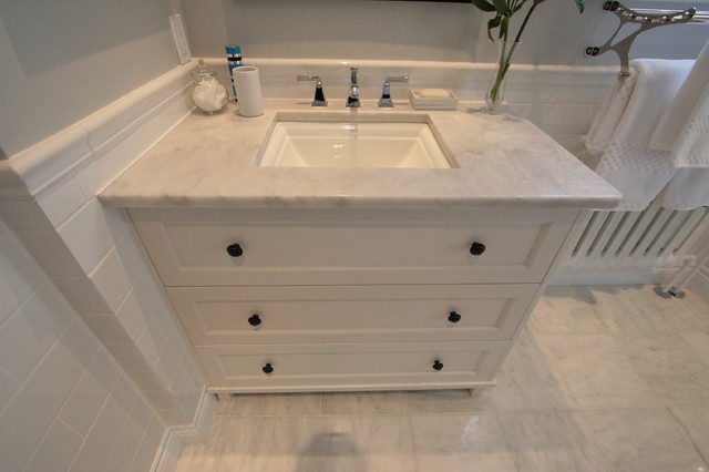 Pointe Claire Bathroom Vanity - Traditional - Bathroom - other metro - by Cuisines Innova Design