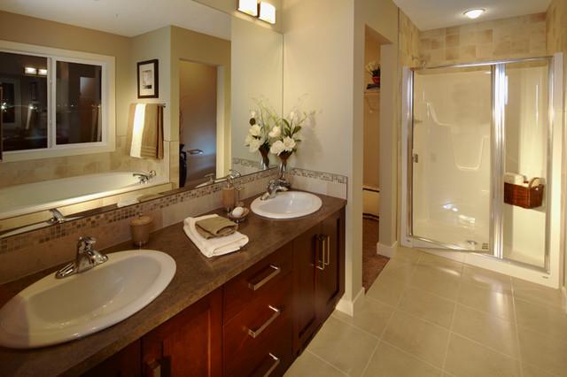 Pomodoro traditional-bathroom