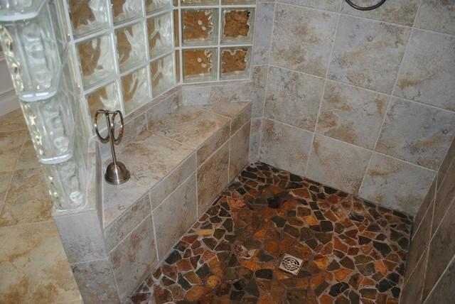Exceptional Porcelain Tile Walls, Broken Slate/Multi Color Floors Traditional Bathroom Part 32