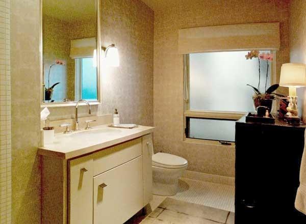 Powder room moderno stanza da bagno seattle di - Stanze da bagno moderne ...