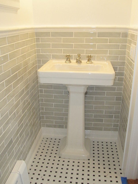 Example Of A Small Classic Gray Tile And Subway Tile Ceramic Floor Bathroom  Design In New