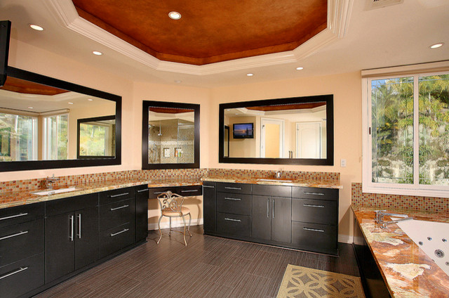 preferred home builders traditional-bathroom