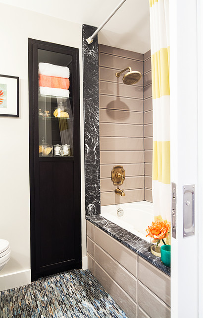 Prescott Loft eclectic-bathroom