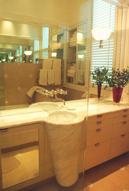 Presidio Heights Bathroom eclectic-bathroom