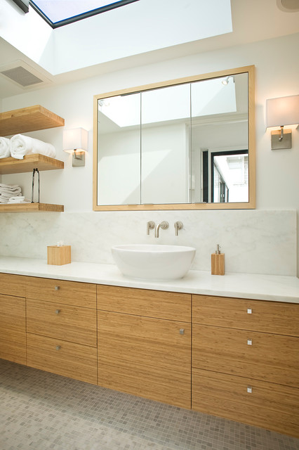 Presidio Hieghts Residence contemporary-bathroom