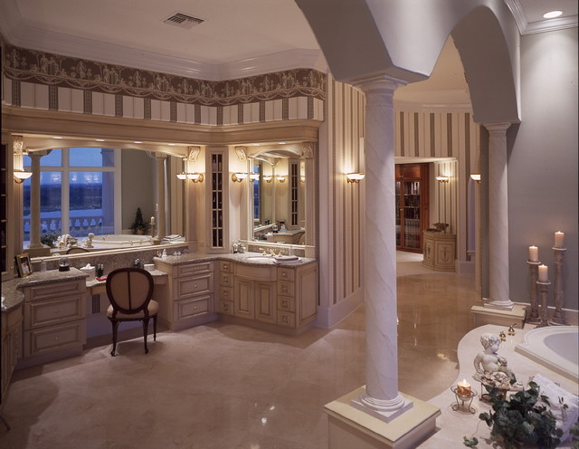 Private Residence - Groveland, Florida mediterranean-bathroom