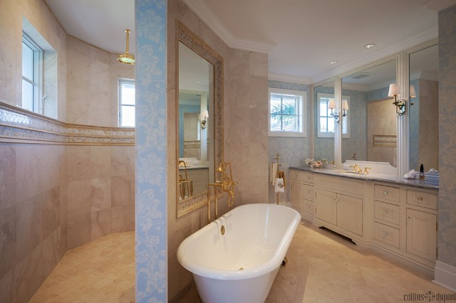 Private Residence in Naples traditional-bathroom