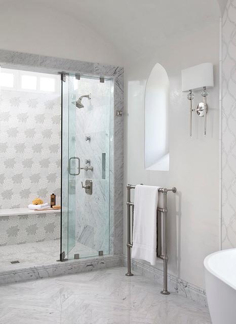 Private residence q mediterran badezimmer von for Badezimmer mediterran