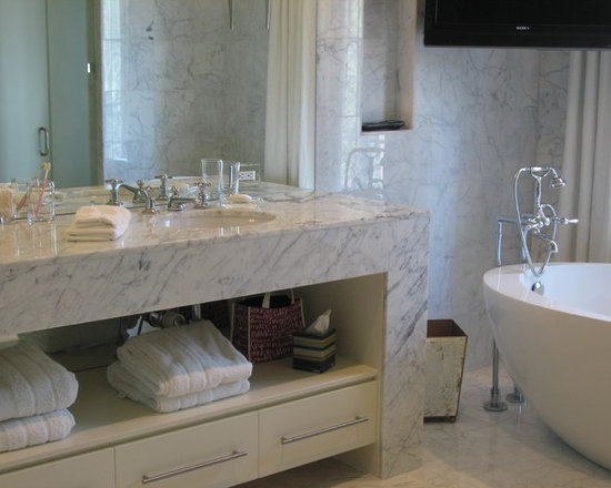 Mirror outlet covers home design ideas pictures remodel and decor for Bathroom vanity outlet atlanta