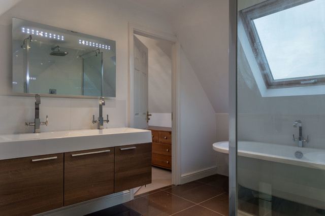 Property photoshoot modern bathroom buckinghamshire for Bathroom photoshoots