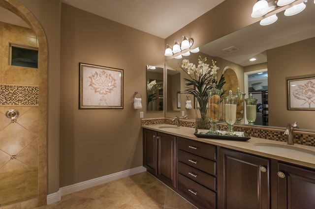 Pulte homes celebration model home vail arizona for Model home bathroom photos
