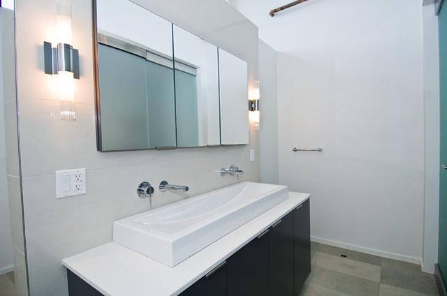 Pure Minimalism modern-bathroom