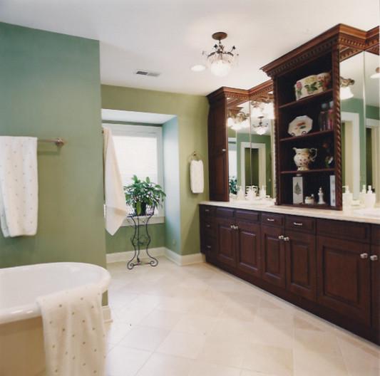 Quaint Bathroom traditional-bathroom