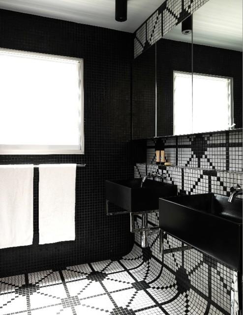 Queens Park Residence eclectic-bathroom