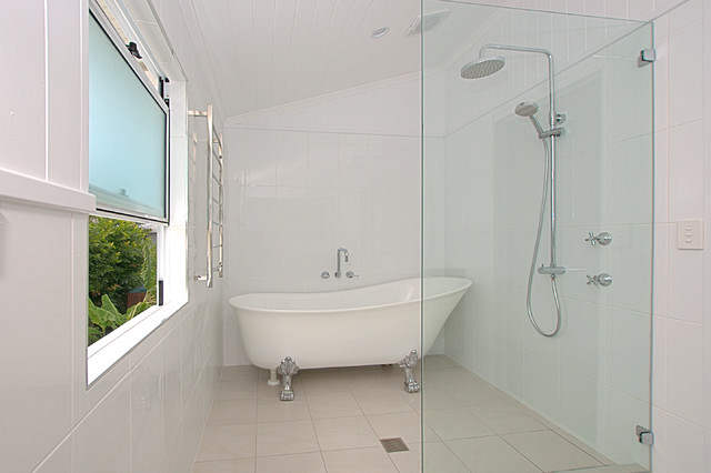 Queenslander renovation townsville bathroom for Bathroom designs qld