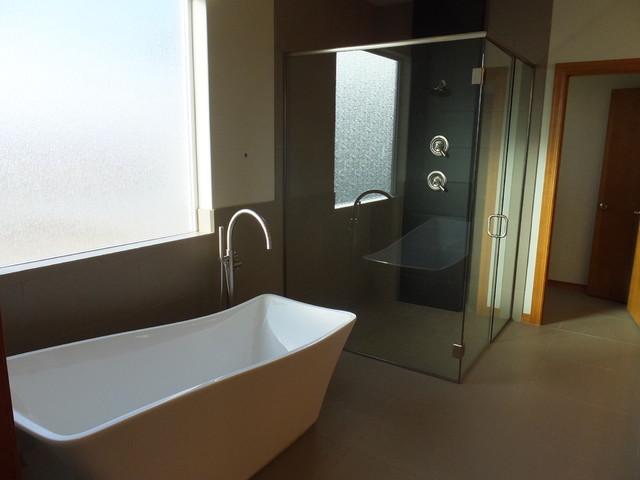 Queenstown stonecrest builders for Bathroom design queenstown