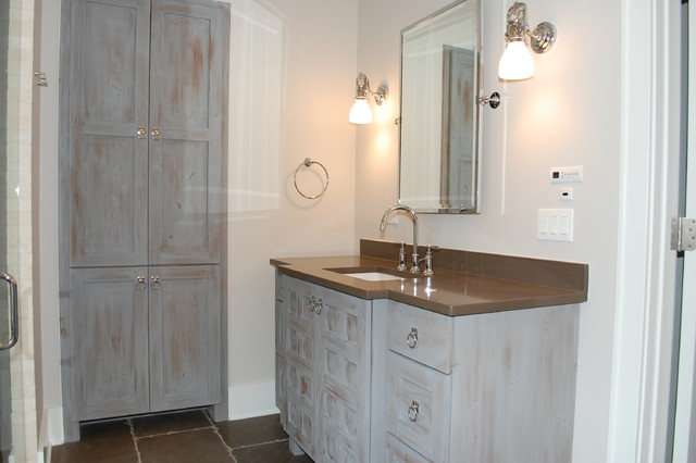 Quincy traditional bathroom chicago by ross for Bathroom remodel quincy il