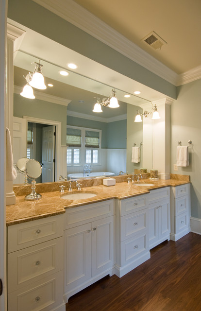 Quinlan Residence traditional-bathroom