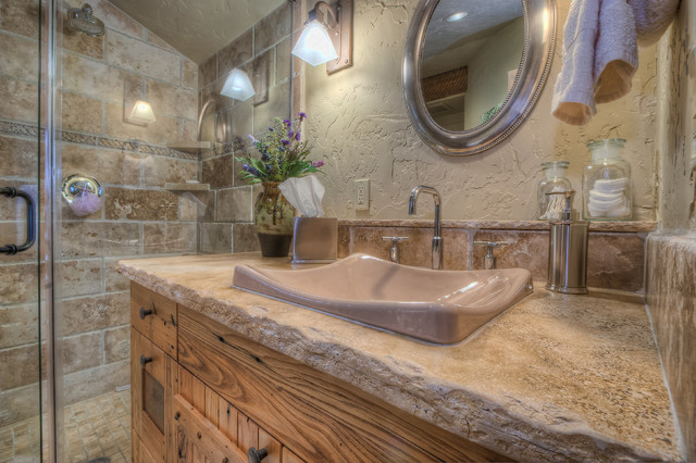 ranch at goldenview rustic-bathroom