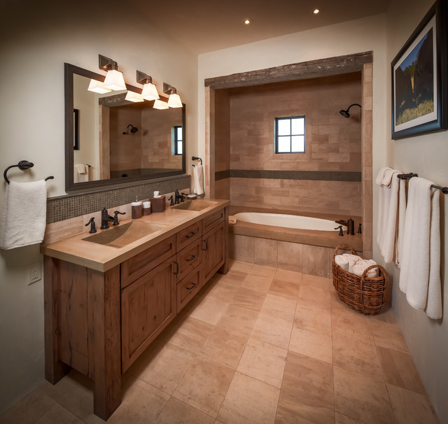 Ranch rustic bathroom houston by thompson custom homes for Bathroom ideas houston
