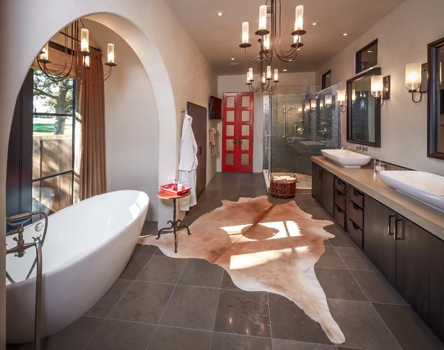 Ranch rustic-bathroom