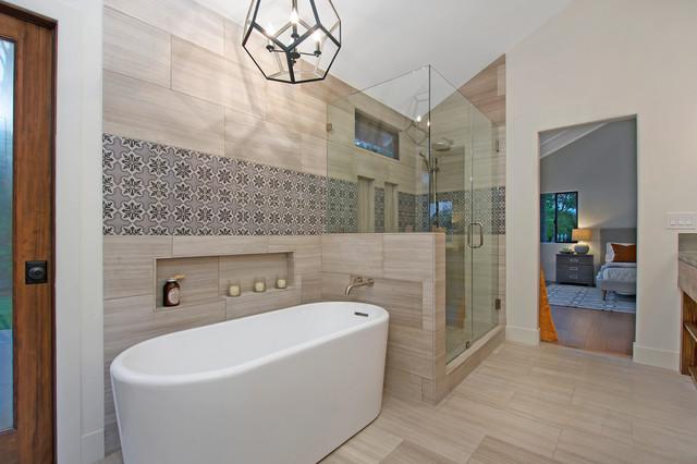 Rancho santa fe ranch house rustic bathroom san for Santa fe style bathroom ideas