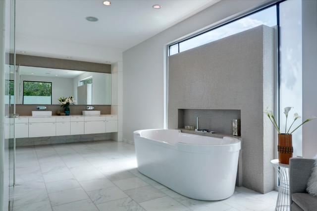 RauHaus contemporary-bathroom