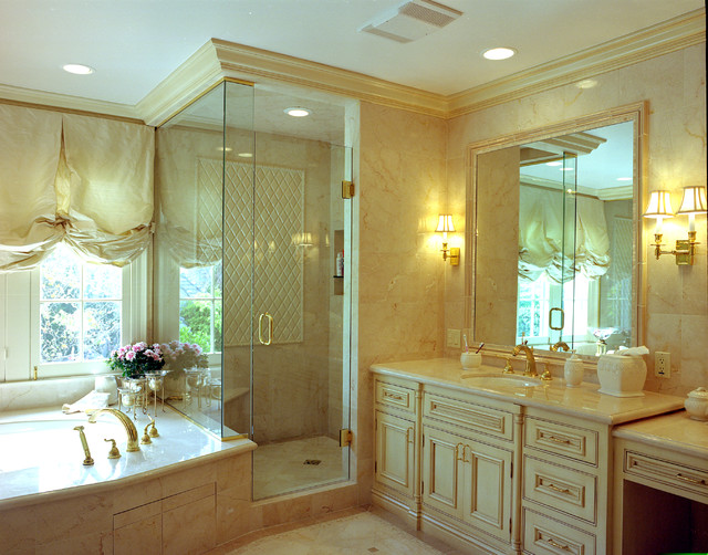 Reaume Construction & Design traditional-bathroom