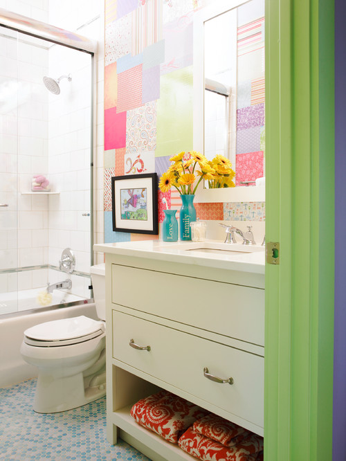 Pastel patterns in the bathroom