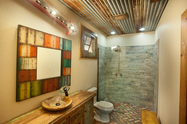 Reclaimed rustic bathroom rustic bathroom dallas for Small rustic bathroom designs